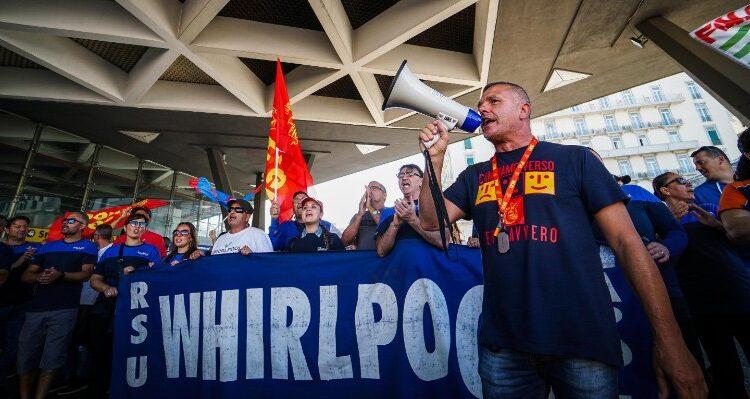 Caso Whirlpool, il viceministro Todde: ' Lavoriamo a un piano alternativo'  - ITV Online - Irpinia TV Avellino